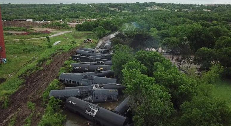 Fort Worth Train Derailment
