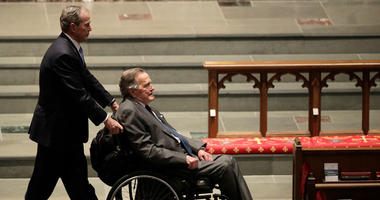 Former Presidents George W. Bush, left, and George H.W. Bush arrive at St. Martin's Episcopal Church for a funeral service for former first lady Barbara Bush
