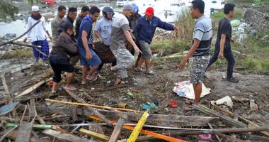 Indonesia Quake Death Toll Rises To 384