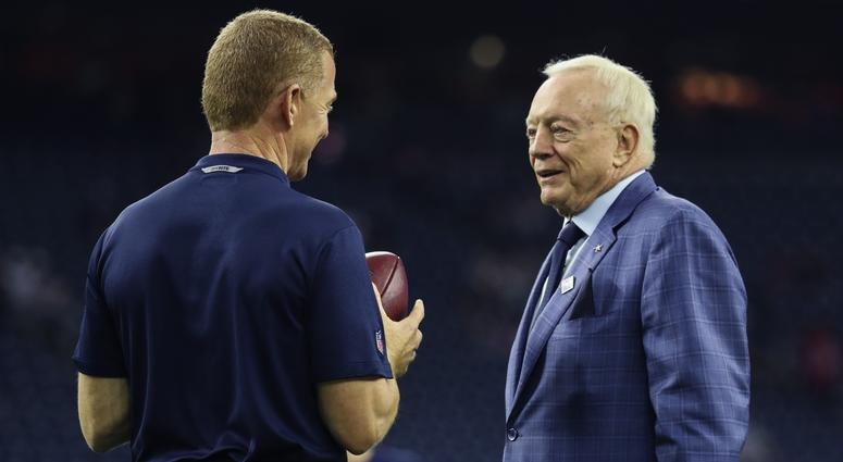 Jason Garrett, Jerry Jones