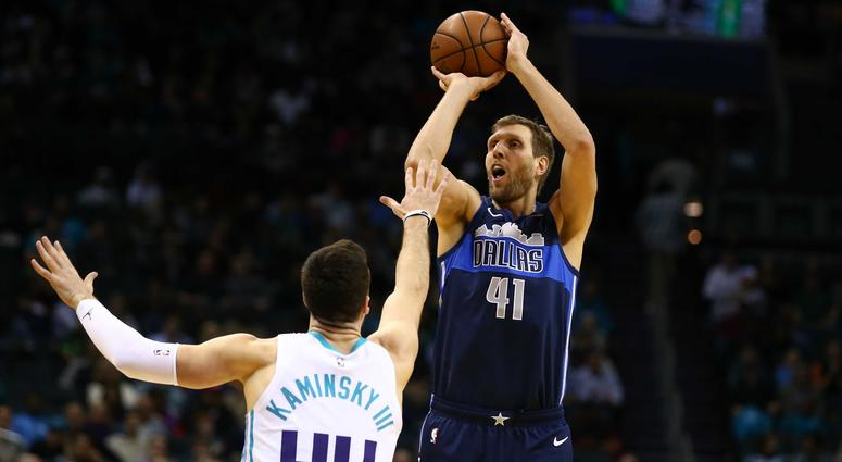 Dallas Mavericks at Charlotte Hornets