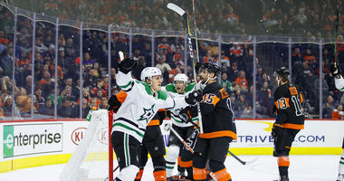 Dallas Ends 5-Game Losing Streak With 4-1 Win Over Flyers