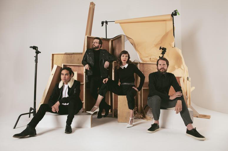 KROQ 106 7 FM - Los Angeles Alternative Music | Radio com