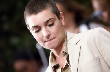 Sinead O'Connor performs in NYC on 6/12/2000