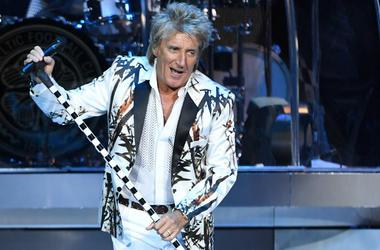 Rod Stewart performing