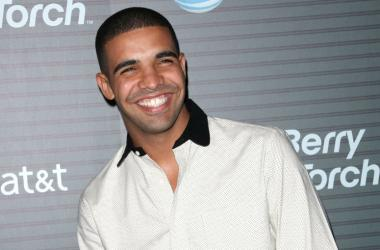 Drake arrives at the Blackberry Torch Launch Event in Los Angeles, California.