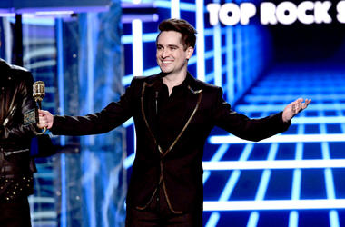 Brendon Urie of Panic! at the Disco accepts the Top Rock Song award for 'High Hopes' onstage during the 2019 Billboard Music Awards at MGM Grand Garden Arena on May 01, 2019 in Las Vegas, Nevada