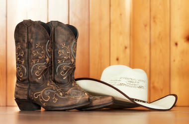 Cowboy_Hat_and_Boots