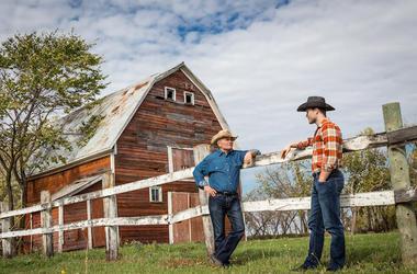 Cowboys, Ranch, Talking, Summer, Day, Cloudy