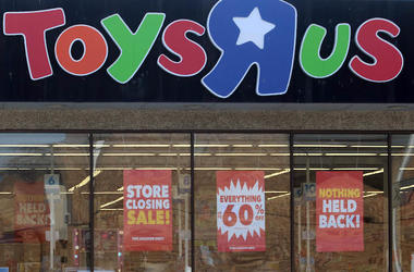 Toys R Us, Sale, Liquidation, Closing, Storefront