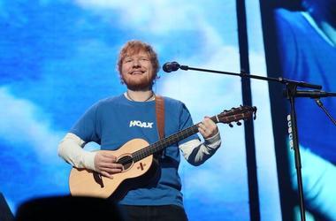 Ed Sheeran, Concert, Guitar, Smile, Miller Park, 2018