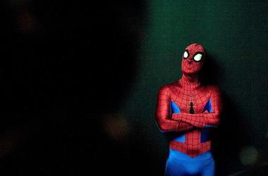 Spider-Man, Costume, Dark Background, Isolated, Presentation, 2019