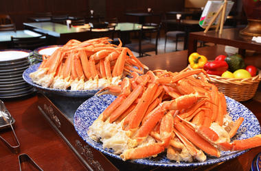 Crab Legs At A Buffet
