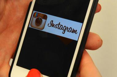 Instagram, Logo, iPhone, Woman, 2015