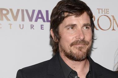 Christian Bale, Suit, Red Carpet, Premiere, The Promise, 2017