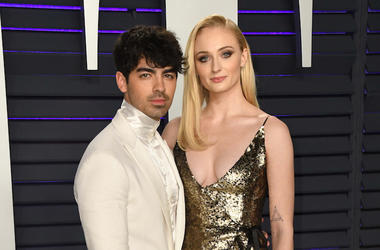 Joe Jonas, Sophie Turner, Vanity Fair Oscar Party, Red Carpet, 2019
