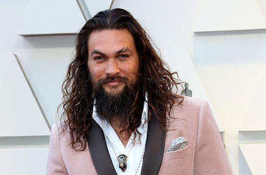 Jason Momoa, Red Carpet, Smile, Pink Suit, 91st Academy Awards, 2019