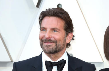 Bradley Cooper, Red Carpet, 91st Annual Academy Awards, Tuxedo, Staring Into The Distance