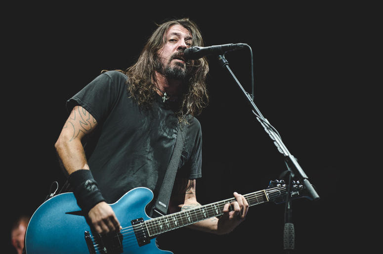 Dave Grohl and the Foo Fighters perform during the CalJam17