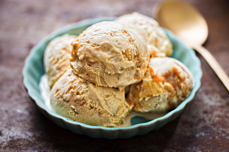 Salted Caramel, Ice Cream, Bowl, Spoon