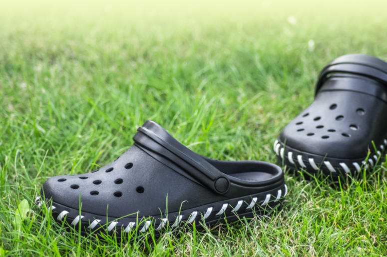9e2461268 Apparently Goth Crocs Are A New Shoe Trend