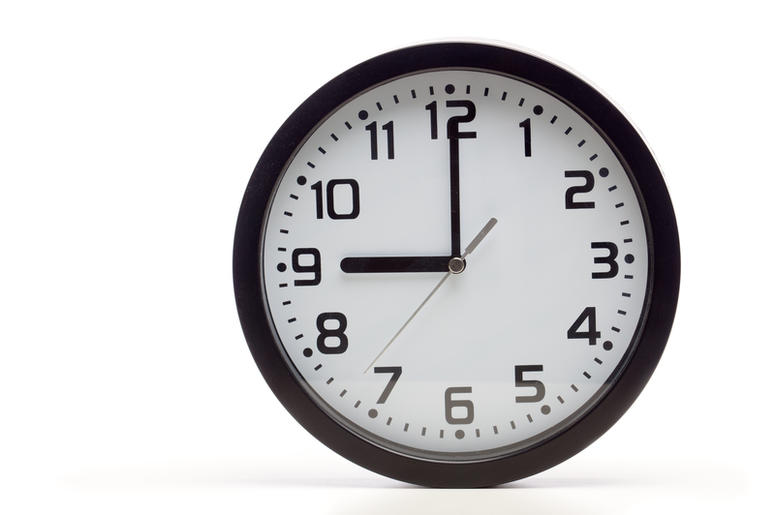 Analog Clocks Are Being Replaced In Britain Because Kids Are