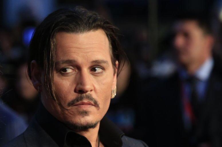 Johnny Depp, Suit, Red Carpet