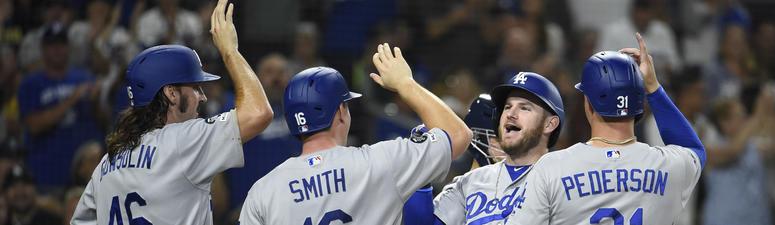 Muncy's Slam Pushes Dodgers Past Padres