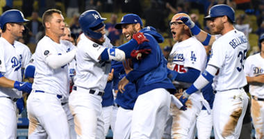 Dodgers Rally With 4 In The 9th To Stun Mets