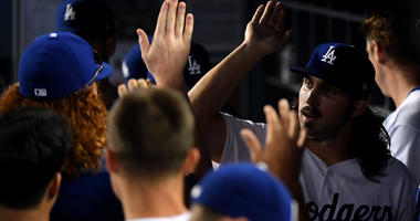 Gonsolin Earns 1st Win In Dodgers' 8-0 Rout Of Cards