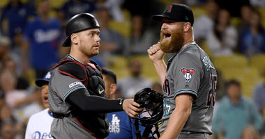 Kelly Blasts 2 Late Homers, D-backs Beat Dodgers 3-2 In 11