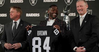 Vegas-Bound Raiders Spending Big for Final Season in Oakland