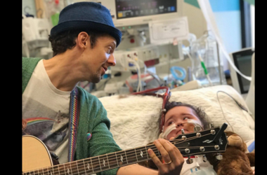 Jason Mraz at St. Louis Children's Hospital