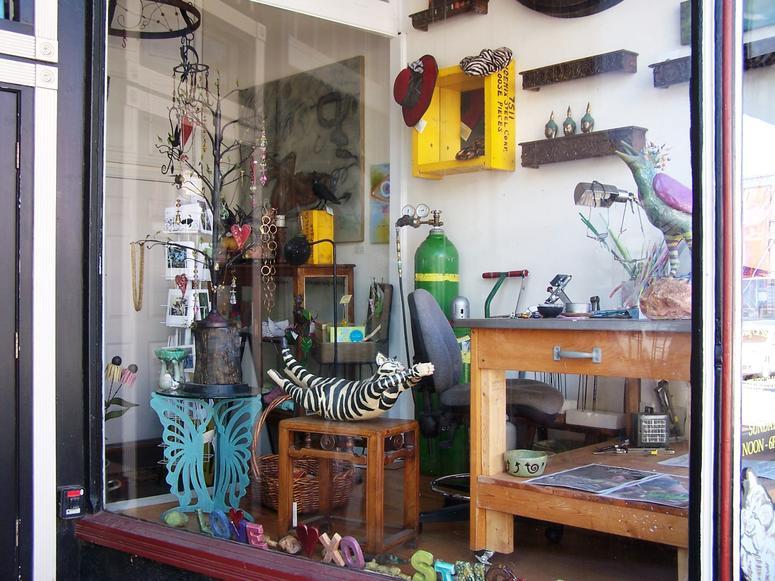 The Diving Cat Studio Gallery in Phoenixville