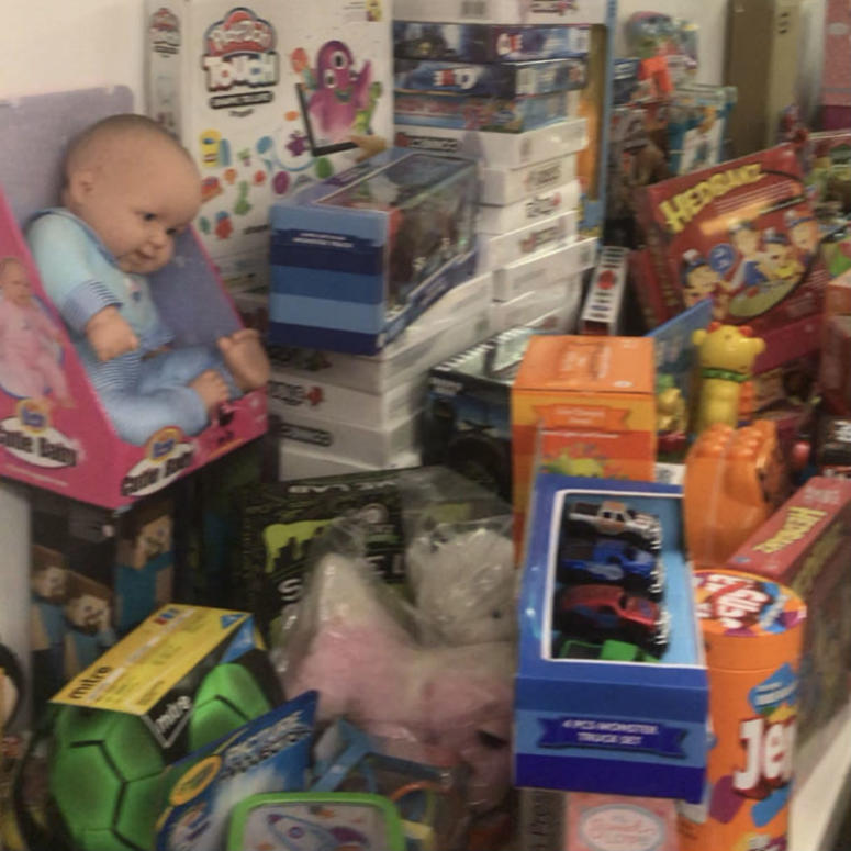 Mattress Firm collected Christmas toys for hundreds of foster children.
