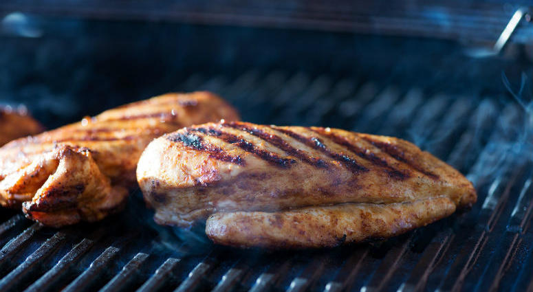 The red meat or white meat debate is a draw: Eating white meat, such as poultry, will have an identical effect on your cholesterol level as eating red beef, new research indicates.