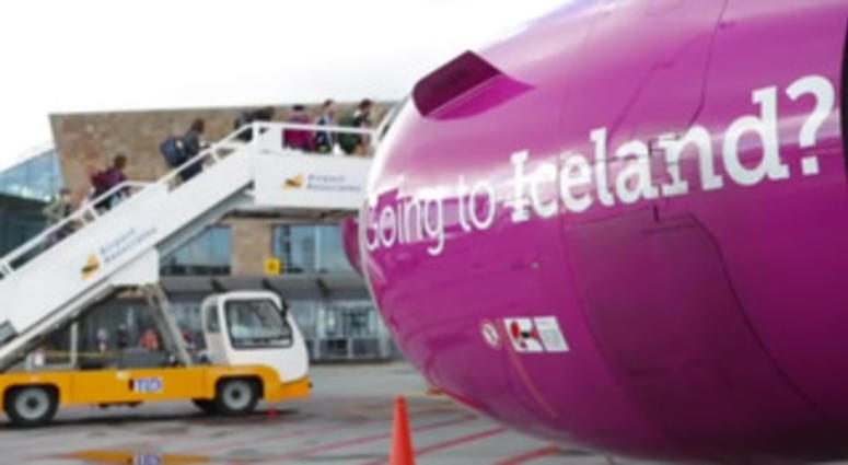 WOW Air shuts down... leaving passengers stranded