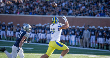 Delaware redshirt senior tight end Charles Scarff