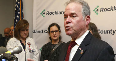 Day announced a state of emergency that bars minors who were not vaccinated against measles from public spaces in Rockland County.