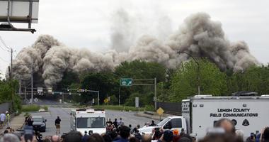 Former Bethlehem Steel headquarters implodes.