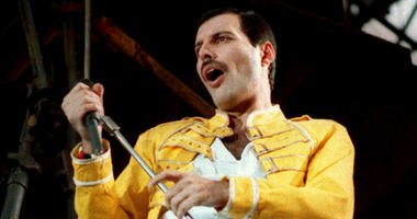 In this July 20, 1986 file photo, Queen lead singer Freddie Mercury performs, in Germany.
