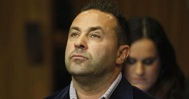 """Giuseppe """"Joe"""" Giudice, from the television show """"Real Housewives of New Jersey,"""" stands during a hearing in the Passaic County Courthouse in Paterson, N.J."""