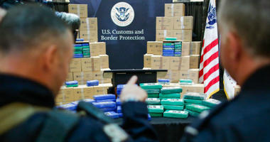 At least 17.5 tons of cocaine with more than $1 billion in street value was seized at the Philadelphia seaport, being the largest cocaine seizure in the 230-year history of U.S Customs and Border protection.