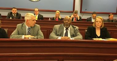 State Rep. Curtis Thomas (center) unsuccessfully sought to delay a vote on the Philly soda tax bill.