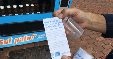 CrescoLabs' anti-opioid campaign at Headhouse features a vending machine that disperses free plastic pill bottles containing an anti-opioid message inside.