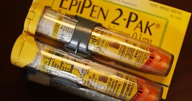 Some EpiPen expiration dates get extended on heels of major shortage