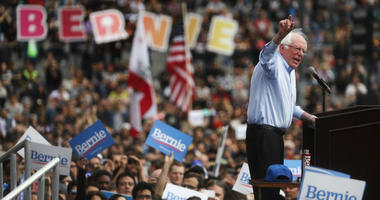 2020 Democratic presidential candidate U.S. Sen. Bernie Sanders (I-VT), R, speaks at a campaign rally in Grand Park on March 23, 2019 in Los Angeles, California.