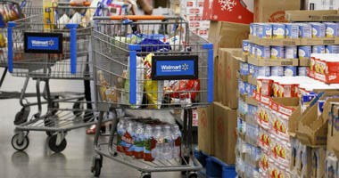 Walmart, Amazon and grocery chains hope to tap into a lucrative new market: Food stamps recipients who want to shop for groceries online.