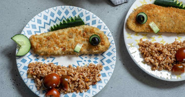 American children are eating relatively little fish and shellfish in comparison to meat, according to a new report from the American Academy of Pediatrics.