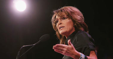 Former Alaska Governor Sarah Palin speaks to guests at the Iowa Freedom Summit on January 24, 2015 in Des Moines, Iowa.